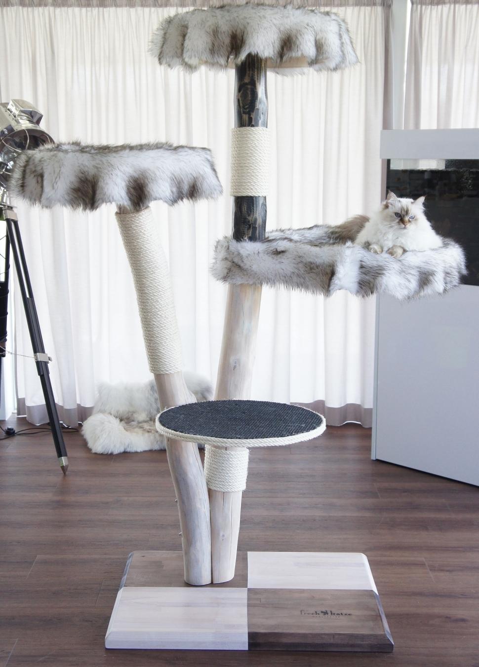 naturkratzbaum haskil. Black Bedroom Furniture Sets. Home Design Ideas